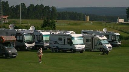Golf und Camping: Golfurlaub mit Wohnmobil