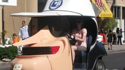Von Batman bis Mickey Mouse - DIE 10... verrücktesten Golf-Carts
