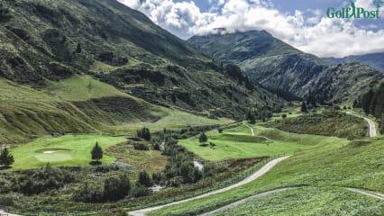 Andermatt - Golfen inmitten des Schweizer Zentralmassivs