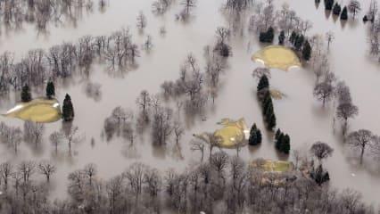 Wetterkapriolen: Wenn der Golfplatz unter Wasser steht
