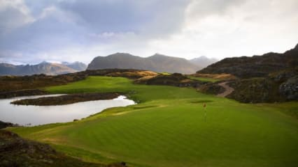 Lofoten-Golf-Links-9th_Kevin-Murray
