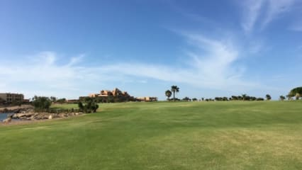 cascades_golf_soma_bay_1