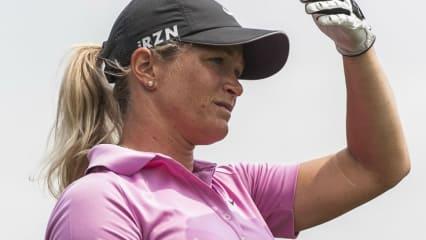 Suzann Pettersen aus Norwegen verteidigte am zweiten Tag der World Ladies Championship in China ihre Führung