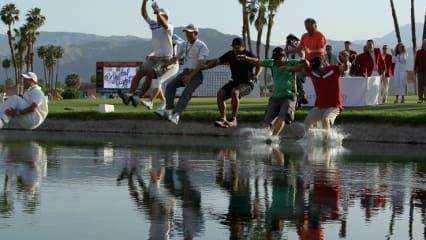 Für die Siegerin der Kraft Nabisco Championship und ihren Betreuerstab gehört der abschließende Sprung in Poppie's Pond am 18. Loch einfach dazu