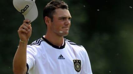 Martin Kaymer stattet nach der BMW PGA Championship der Deutschen Nationalmannschaft im Trainingslager einen Besuch ab.