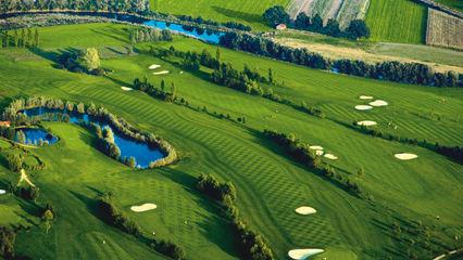 Grenzenloses Golfvergnügen in Bad Griesbach - Golfclub Sagmühle (Foto: Drei Quellen Therme).