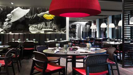 Entspannt im Marriott Hotel Zürich und genießt eine Runde Golf auf der Anlage des Golf Kyburg.