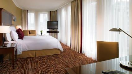 Im Berlin Marriott Hotel sind alle Zimmer auf sehr hohem Niveau. (Foto: Berlin Marriott Hotel)