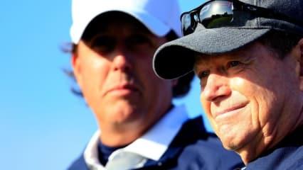 Phil Mickelson kritisierte seinen Kapitän Tom Watson heftig nach der deutlichen Niederlage der US-Amerikaner im Ryder Cup.
