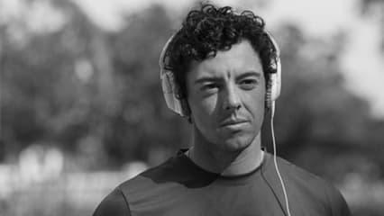 Auch Rory McIlroy hört während seiner Trainings- und Aufwärmrunden Musik. Der Nordire ist damit einer von vielen Golfstars die sich mit Musik auf ihre Turniere vorbereiten.