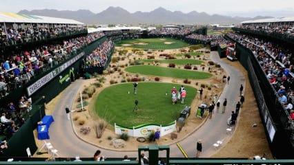 Die Arena am 16. Loch bei der Phoenix Open in Arizona. Jeder Golfer wird hier lautstark vom Publikum bewertet. (Foto: Getty)