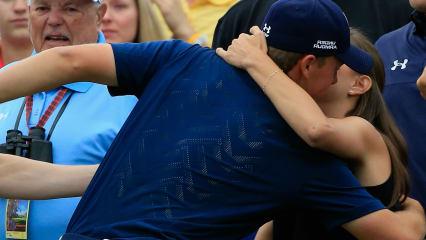 Masters-Sieger Jordan Spieth hat eine große Bindung zu seiner Familie. Besonders seine Schwester und seine Freunding geben dem 21-Jährigen Kraft.