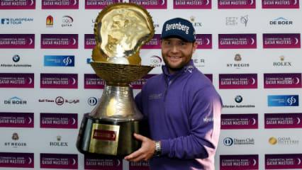 Die Mother of Pearl Trophy bleibt nach dem Sieg beim Qatar Masters 2016 in den Händen von Branden Grace. (Foto: Getty)