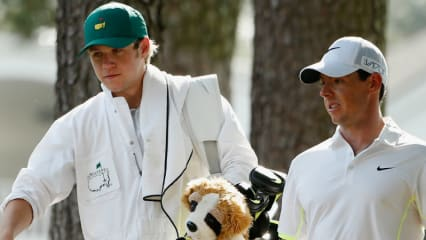 Niall Horan als Caddy von Rory McIlroy beim Par-3-Contest im Rahmen des US Masters in Augusta. (Foto: Getty)