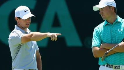 Neben Rory McIlroy (l.) und Jordan Spieth hat auch der Weltraglistenführende Jason Day bei der US Open 2016 zu kämpfen.