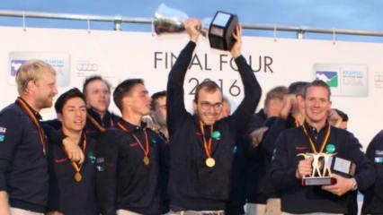 Die Herren des GC Hubbelrath feiern die Titelverteidigung. (Foto: Golf Post)