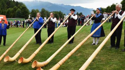 Im Schatten der Deutsche Bank Championship rufen die Alpen zum Omega European Masters. (Foto: Getty)