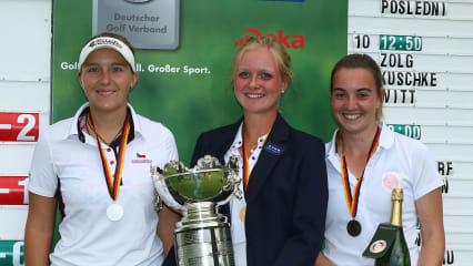 Die Medaillengewinnerinnen der IAM (v.l.n.r.): Maike Schlender, Sophie Hausmann und Marie Lunackova (Foto: DGV/stebl)