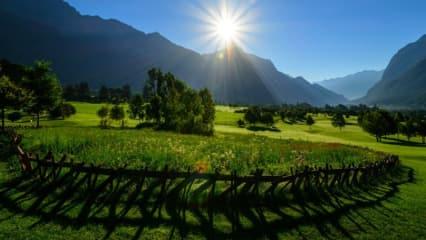 Golfen bei herrlicher Aussicht, wie im Golf Club Bludenz-Braz in Österreich. (Foto: GC Bludenz-Braz)
