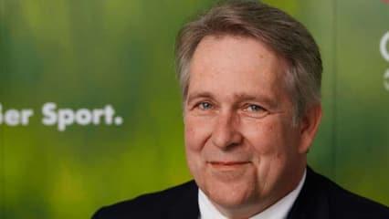 Claus Kobold, Präsident des Deutschen Golf Verbandes, auf der Jahres-Pressekonferenz in Stuttgart. (Foto: DGV)