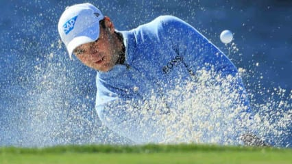 Martin Kaymer kämpft mit Sand und Wasser beim Arnold Palmer Invitational. (Foto: Getty)