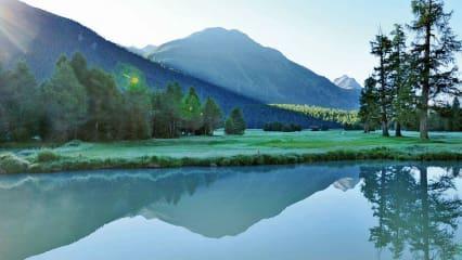 In Samedan bei St. Moritz wird bereits seit 125 Jahren der Golfschläger geschwungen.