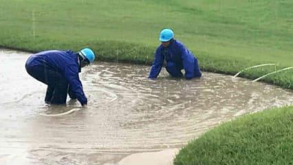 Gefluteter Bunker bei einem LPGA-Turnier (Foto: Getty)