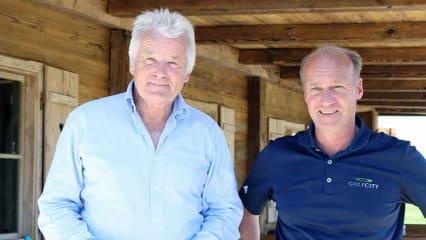 Alexander Freiherr von Spoercken (l) und GolfCity Geschäftsführer Hermann Bögle auf ihrer Anlage in München-Puchheim. (Foto: Golf Post)