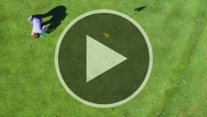 Ein Grün voller Bälle und immer noch kein Hole in One. (Foto: Screenshot Youtube/Skratch)