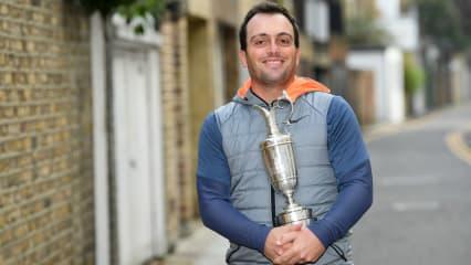 Francesco Molinari mit der Claret Jug. Die Sieges-Trophäe der Open Championship. (Foto: Getty)