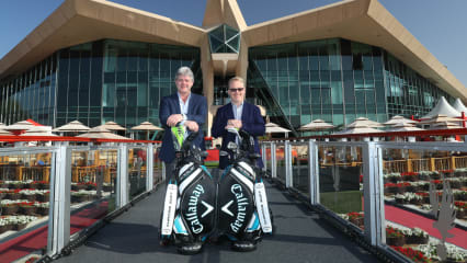 Neil Howie, Präsident und Geschäftsführender Direktor vom Callaway Golf EMEA und Keith Pelley, Chief Executive der European Tour geben Callaway als offiziellen Partner der European Tour für die nächsten fünf Jahre bekannt. (Foto: Callaway)