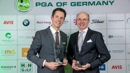 Lars Thiele (links) und Ulrich Schäring (rechts) erhielten die Jugendtrainer-Awards 2018 der PGA of Germany. (Foto: Getty)
