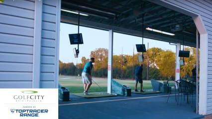 In GolfCity Köln Pulheim eröffnet die erste Driving Range Deutschlands mit Toptracer-Technologie.(Foto: Youtube/@GolfCity, GolfCity Köln Pulheim)