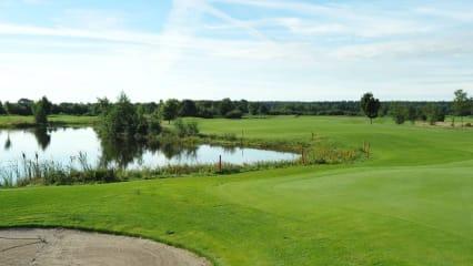 Im Golf- und Country Club Gut Bissenmoor kann man sich, ab sofort, für die diesjährige Matchplay-Serie anmelden. Erstmals mit einem AK-65 Wettbewerb. (GCC Gut Bissenmoor)