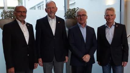 Vorstand GSC Rheine Mesum. Gerhard Baumann, Horst Ramnitz, Martin Middelhoff, Jörg Melzer (v.l.n.r.) (Bild: Golfanlage Rheine/Mesum)