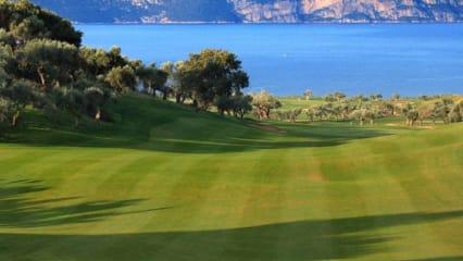 Fliegen Sie mit dem Golf-Professional Florian Rieger vom 10.-17. November 2019 in das *****Hotel Westin Costa Navarino nach Griechenland. (Bild: GC Schwanhof)