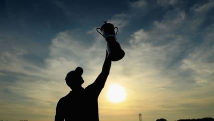 Wer kann sich die Trophäe am finalen Tag der US Open sichern? (Foto: Getty)