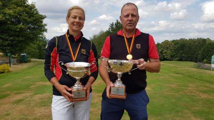 Die Sieger der IAM AK 50: Susanne Lichtenberg und Martin Birkholz. (Foto: C&V Sport Promotion)