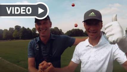 Der Fußballweltmeister Thomas Müller fordert Marcel Siem zur kniffligen Golfchallenge heraus. (Foto: YouTube / Thomas Müller)