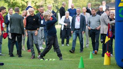 Im Rahmen der Jubiläumsfeierlichkeiten des DGV gab es für alle Gäste Golf zum Anfassen. (Foto: DGV/Hanke)