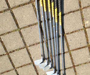 Mizuno MX 23 Eisensatz 4-P Stahlshaft regular GolfPride Griffe