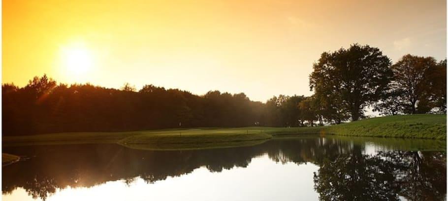 Ein schönes Ambiente auf dem Golfplatz des Golf Gut Glinde in Schleswig-Holstein