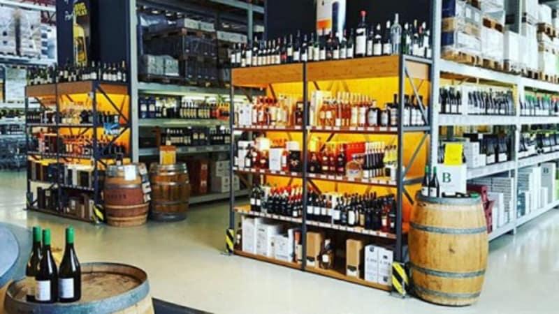 3Weinzeche_Innen_Weinprobe
