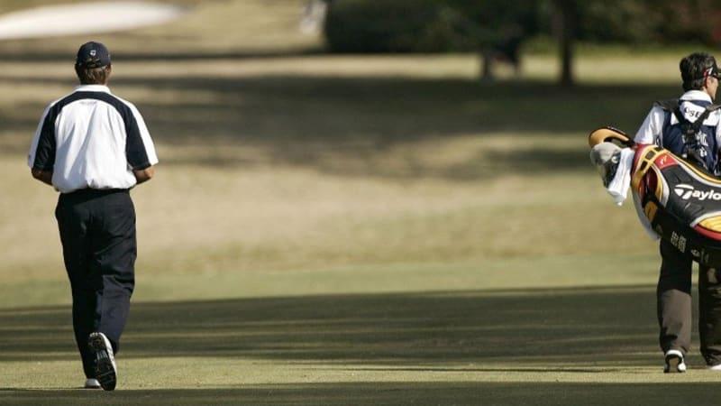Golfbag auf der Runde: Tragen oder ziehen?
