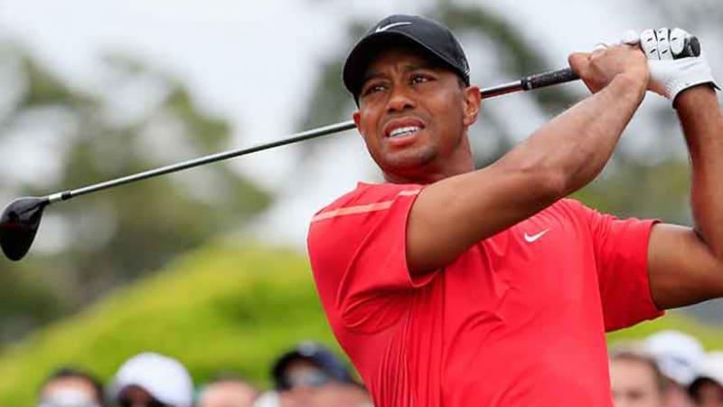 Tiger Woods: Training mit Driver und eigene Schläger im Bag