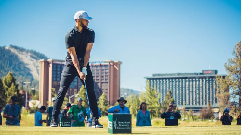Stephen Curry und Callaway - Golfball statt Basketball?