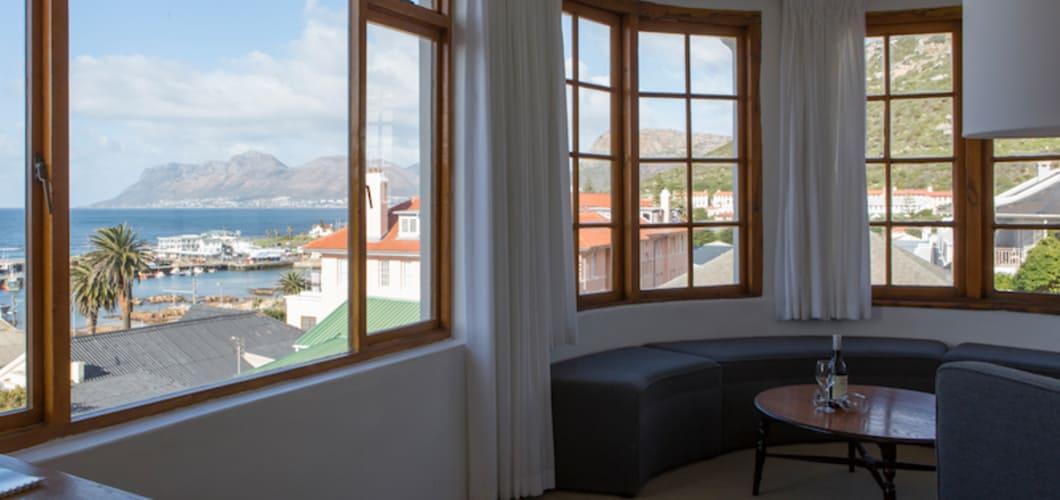 Aus einigen Zimmern kann man ebenfalls den Tafelberg bestaunen.