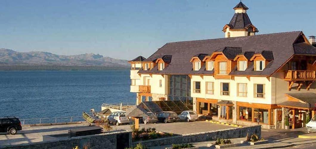 Weiter geht die Reise nach Bariloche, etwa 180 Kilometer weiter südlich. Hier angekommen ist das 4* Cacique Inacayal Lake & Spa Hotel Ihre nächste Unterkunft (Foto: Sophisticated Golf Tours)