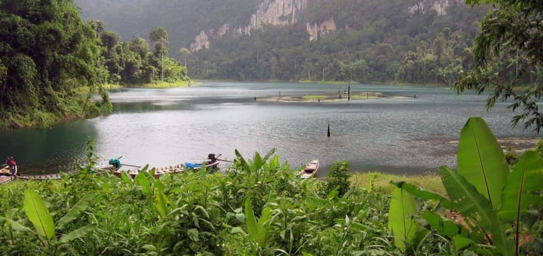 Den Khao Sok Nationalpark besuchen Sie an Tag 5. (Foto: Sophisticated Golftours)