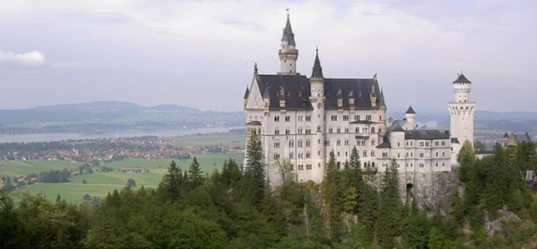 <h2>Schloss Neuschwanstein</h2> Und ist aus jeder Perspektive ein absolutes Highlight (Foto: flickr).